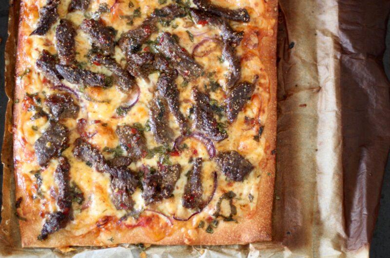 RASK SPICY PIZZA MED ENTRECÔTE