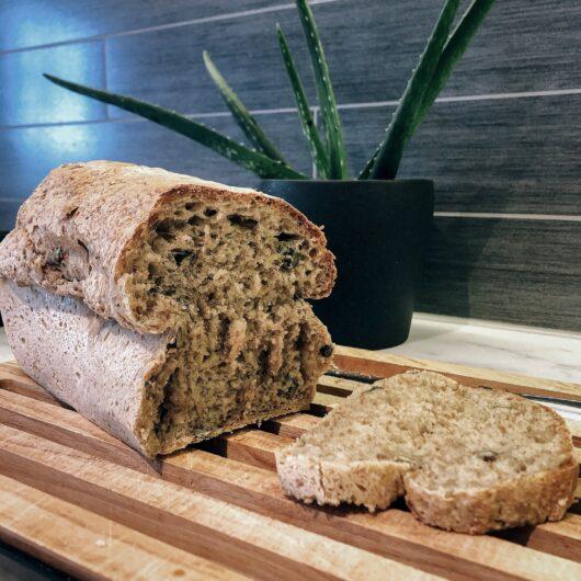 Eltefritt halvgrovt brød i form
